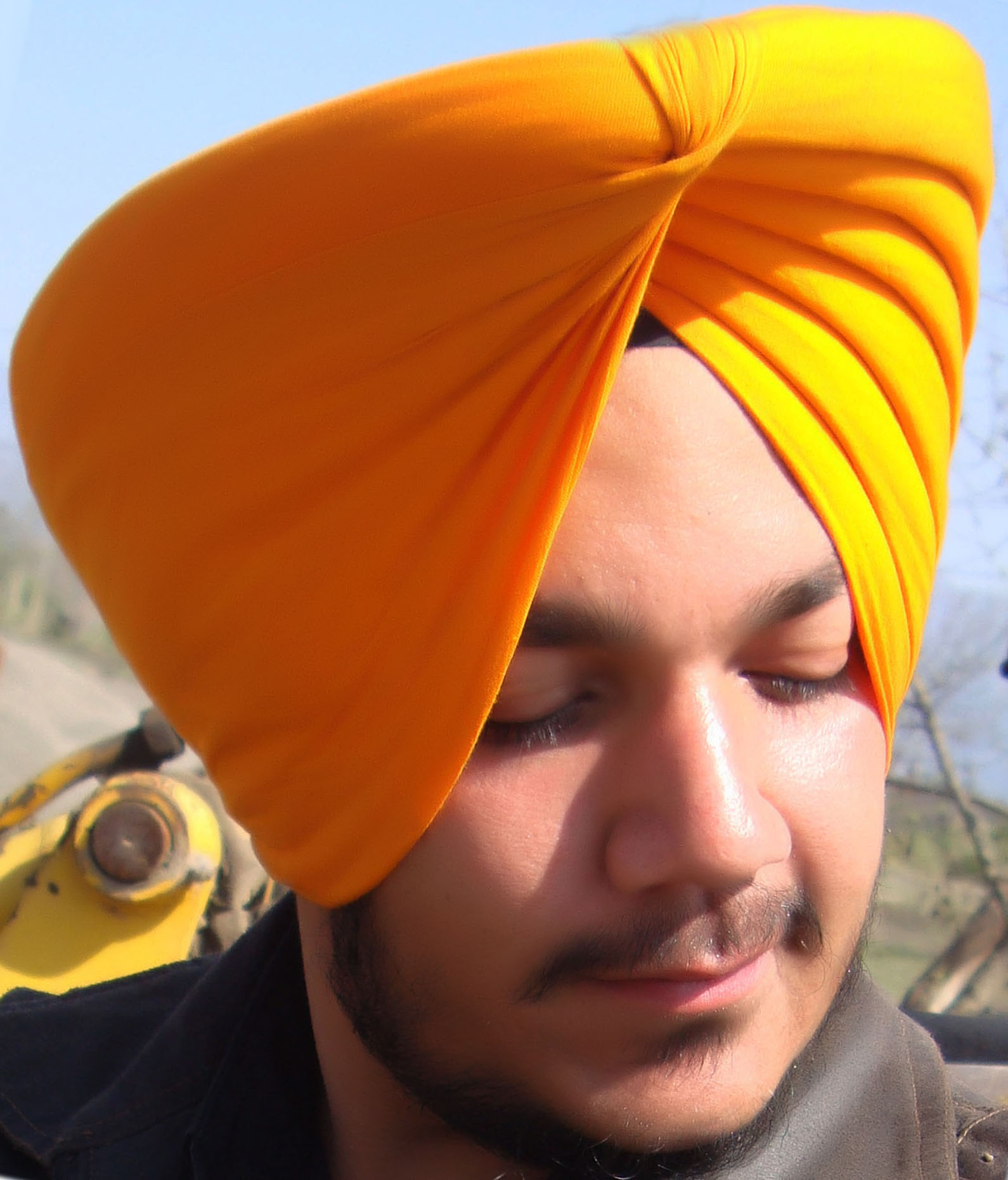 Punjabi Turban http://turbantrainingcentre.wordpress.com/